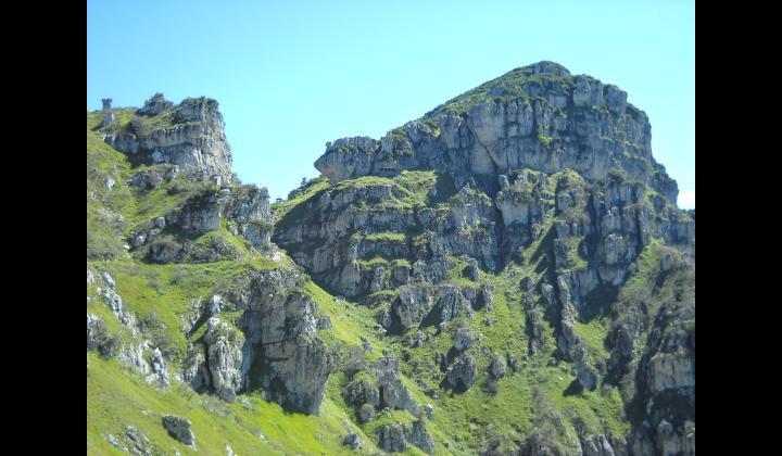Paesaggio montano visto dalla malga Barzò