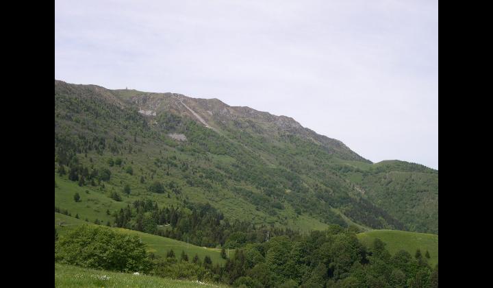 Paesaggio del Monte Guglielmo visto da località Pontogna